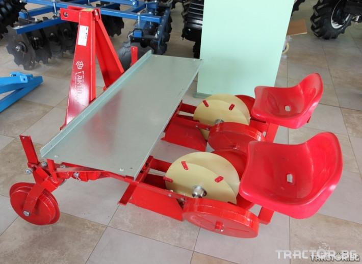 Машини за зеленчуци Разсадо-посадъчна машина Akpil 1