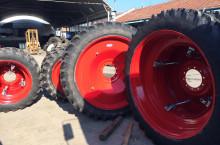 Тесни и Сдвоени гуми и джанти