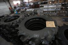 Гуми за трактор TIRON размер:8.3-20